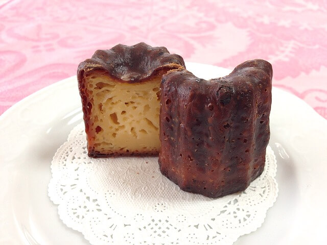 Baking Bites for Craftsy How to Make Canelés