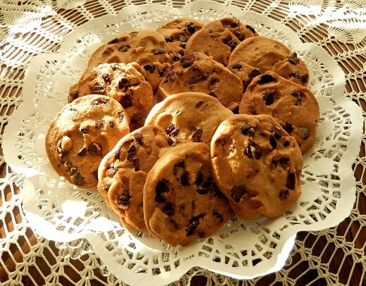 Cocoa Butter Cookies With Chocolate Chips